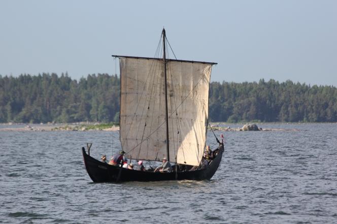 Old_boat_Helsinki_2
